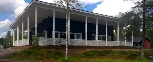 Emolahti Camping uusi saunarakennus